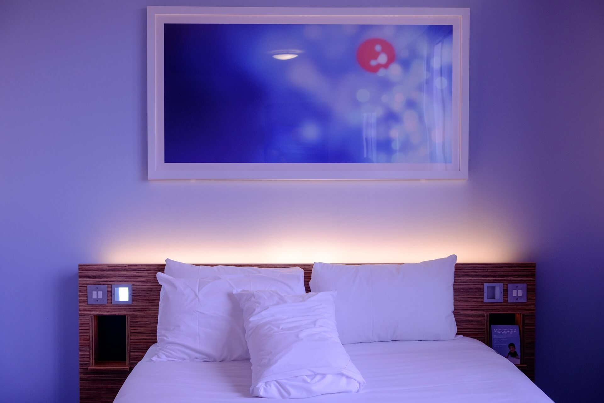 Improve Your Bedroom with LED Lights